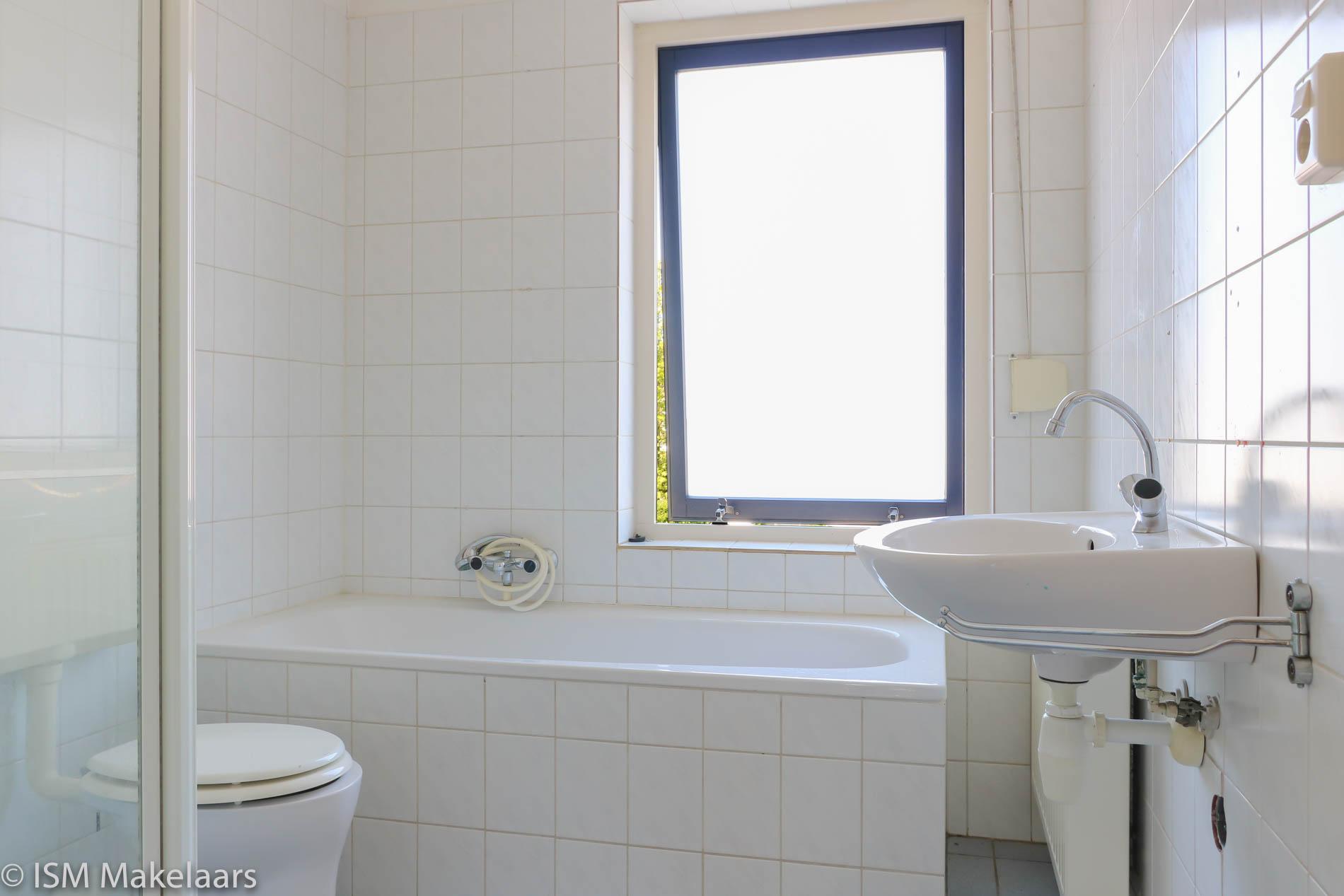 badkamer pr. christinastraat 18 nieuwdorp ISM Makelaars