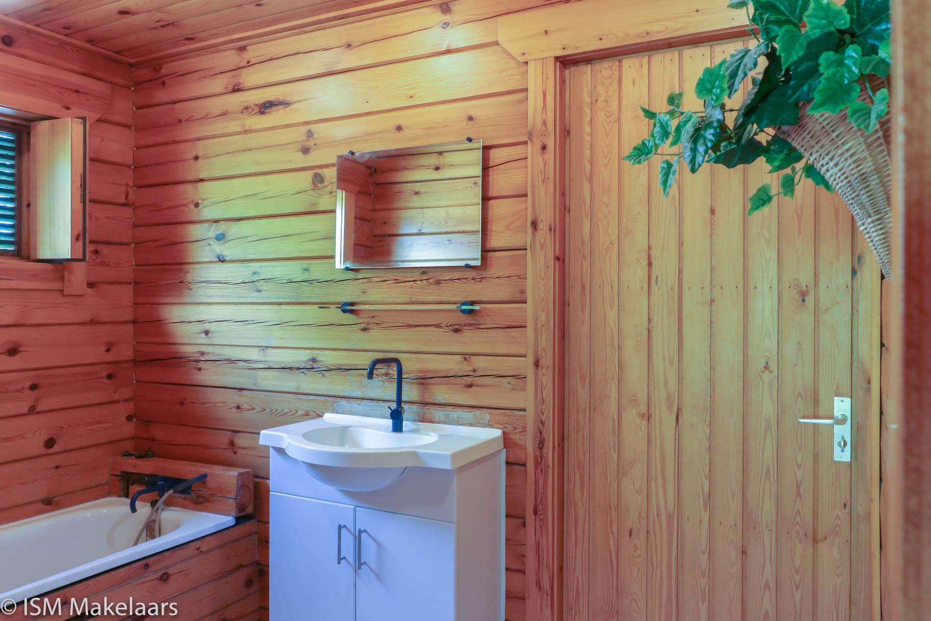 badkamer ovezandseweg 2a oudelande ism makelaars