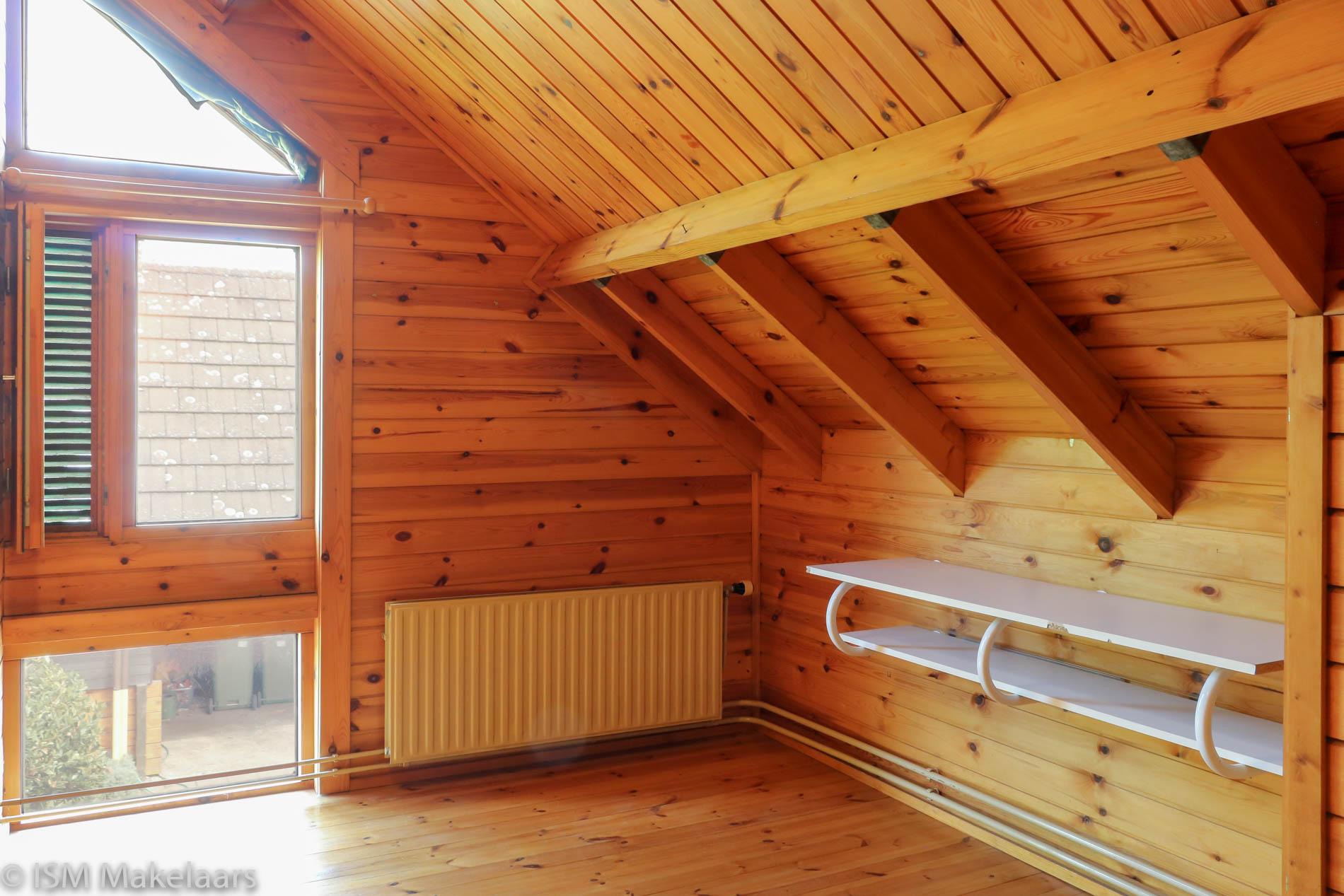 slaapkamer rechts ovezandseweg 2a oudelande ism makelaars