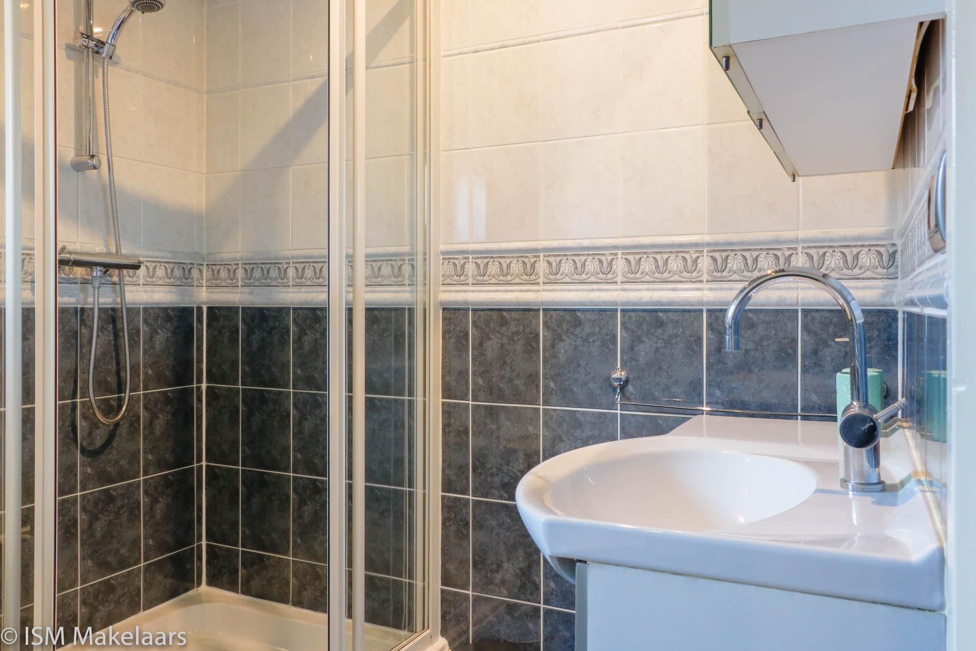 badkamer dijkwelseweg 26 kapelle ism makelaars