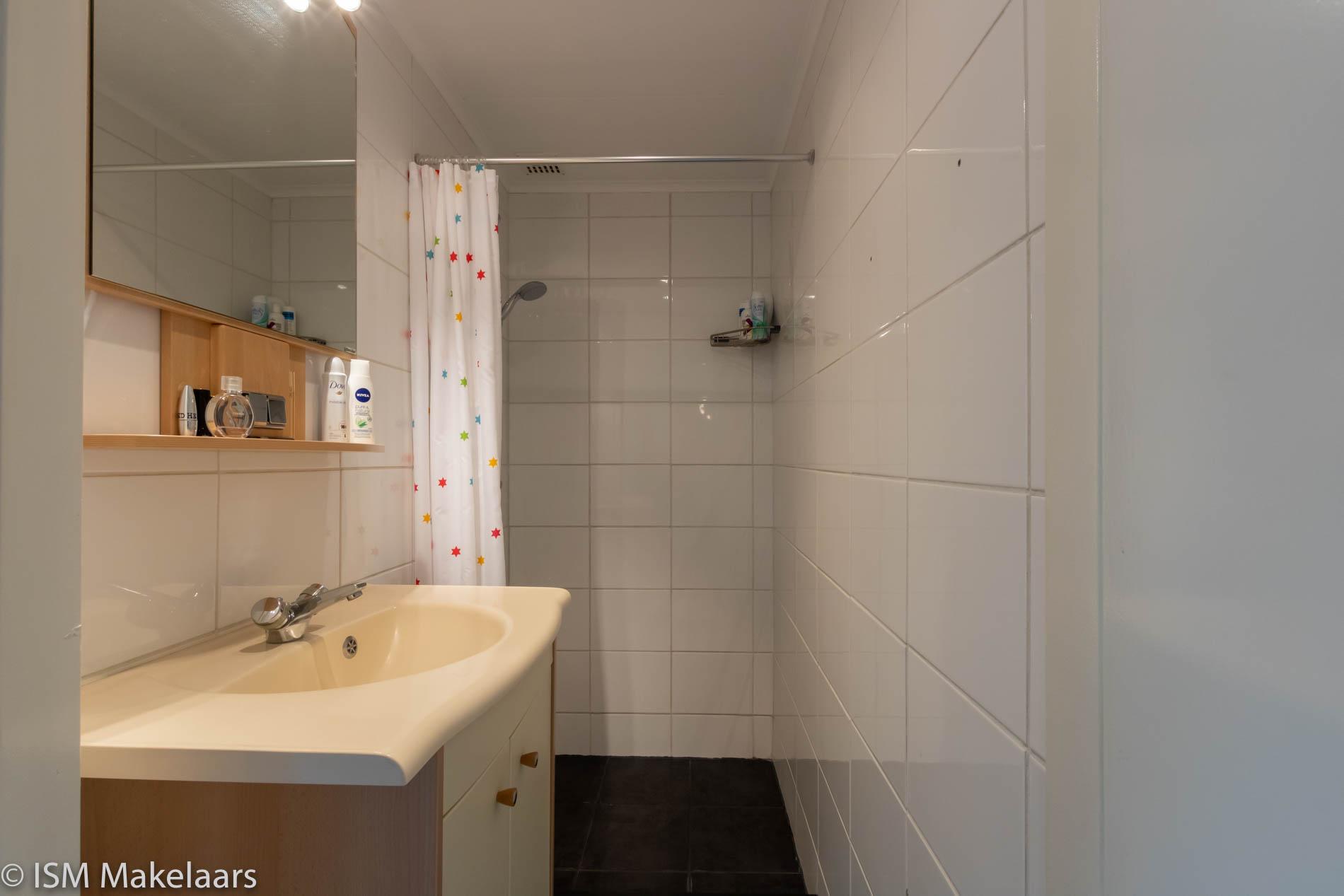 badkamer jp boreelstraat 42 middelburg ism makelaars