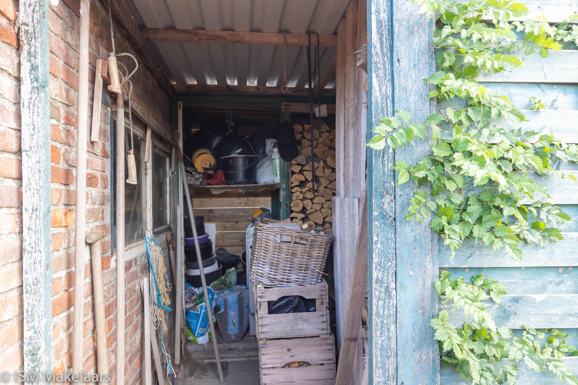 houtopslagruimte Molenweg 61 Kamperland ism makelaars