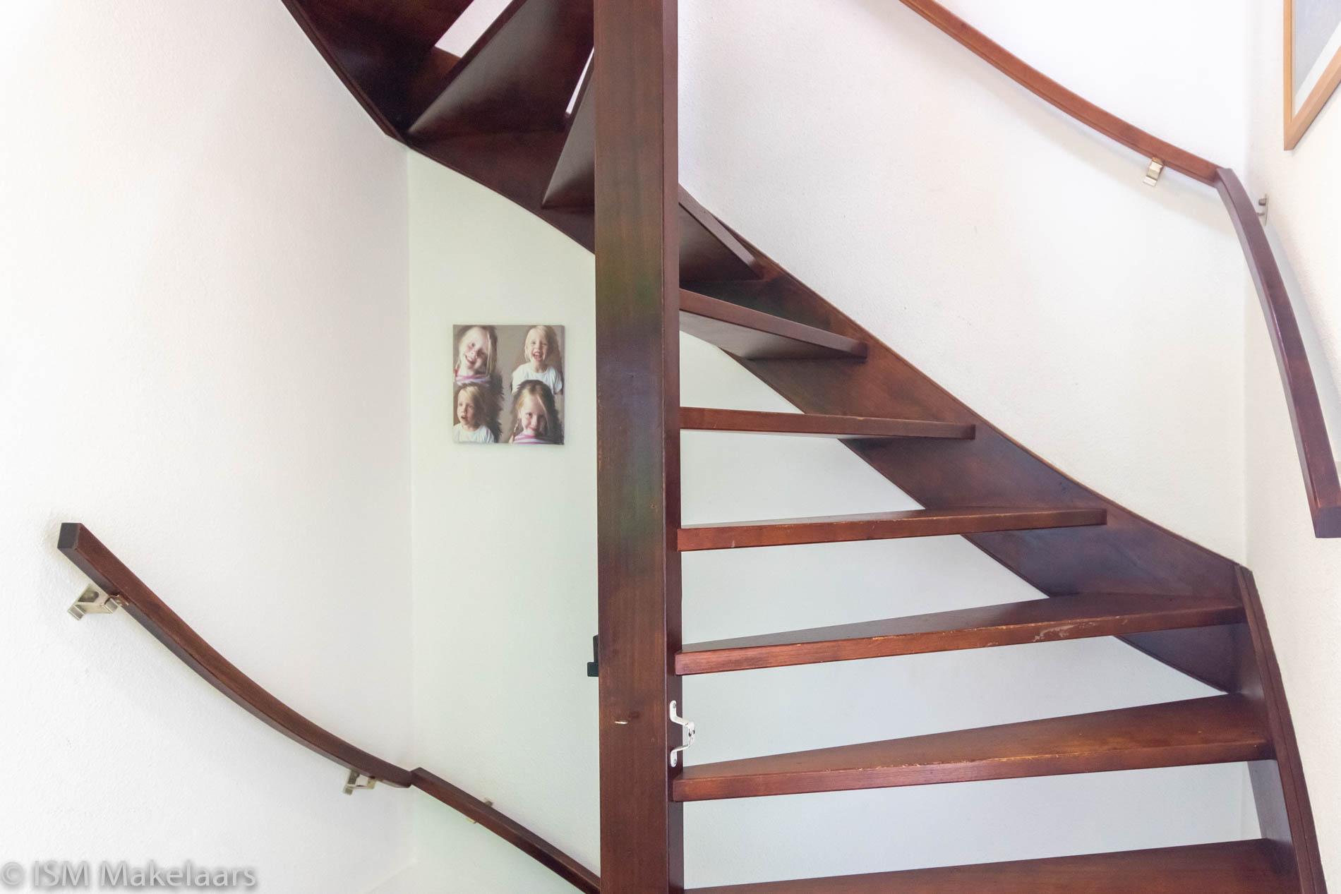 trap zolder oomskinderenstraat 3 kapelle ism makelaars