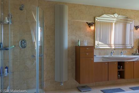 badkamer houtwal 6 vlissingen ISM Makelaars