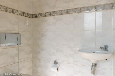 toilet meekrap 25 krabbendijke ISM Makelaars