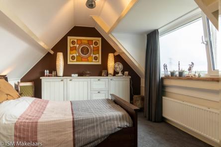 slaapkamer hollestelleweg 5 ovezande ism makelaars