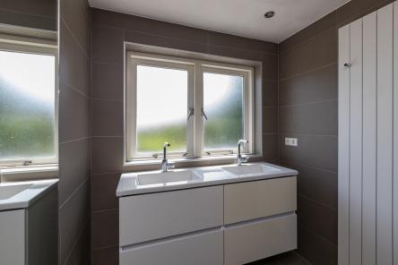 badkamer Middelburgsestraat 98 Koudekerke ism makelaars