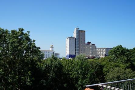 Uitzicht balkon 2e verdieping Badhuisstraat 157 ISM Makelaars